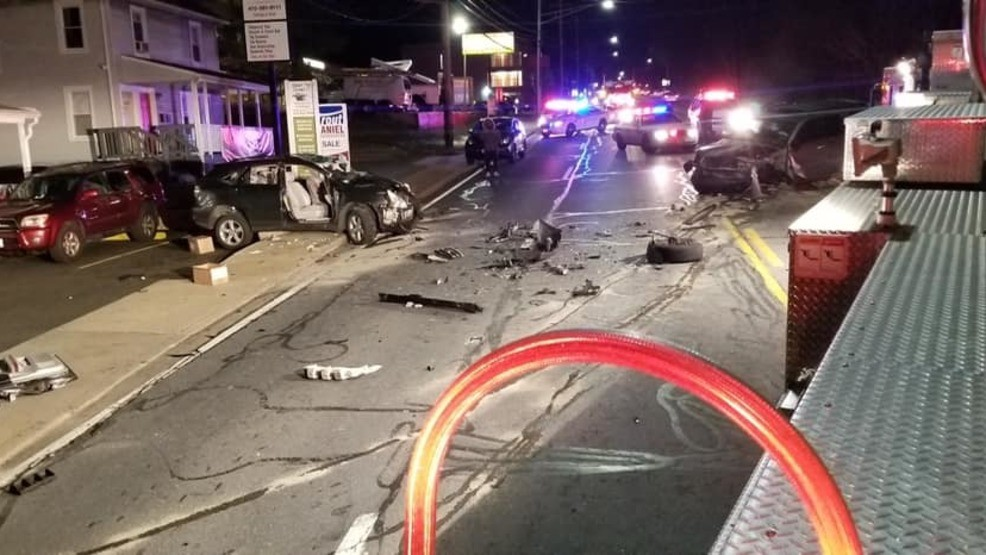 AVOID AREA | 1 seriously injured in Owings Mills crash | WBFF