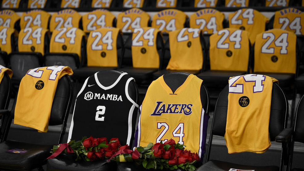 Roses For Kobe And Gianna As Lakers Return To Action Wbff